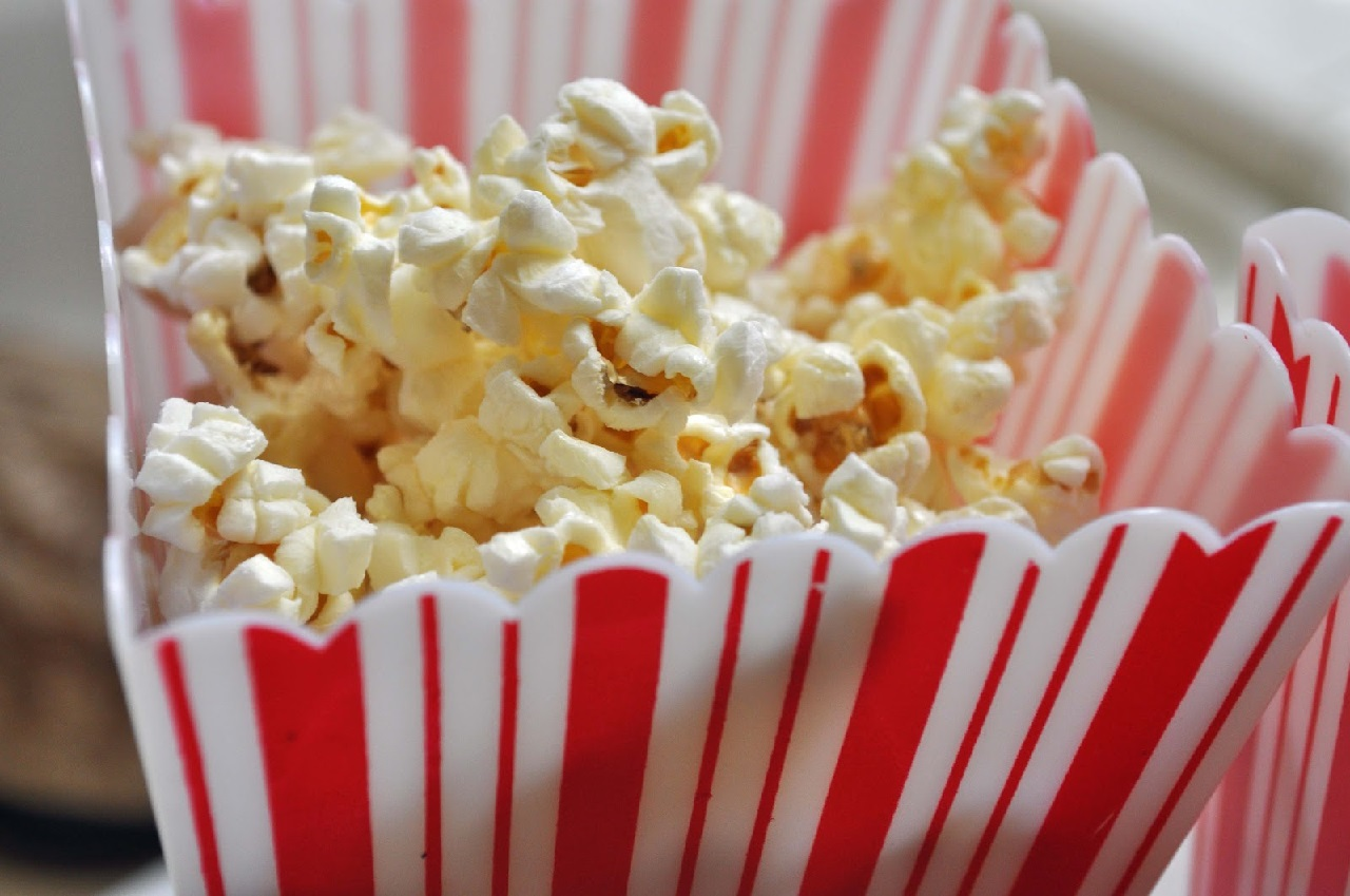 Best Healthy Snacks for Weight Loss - Popcorn
