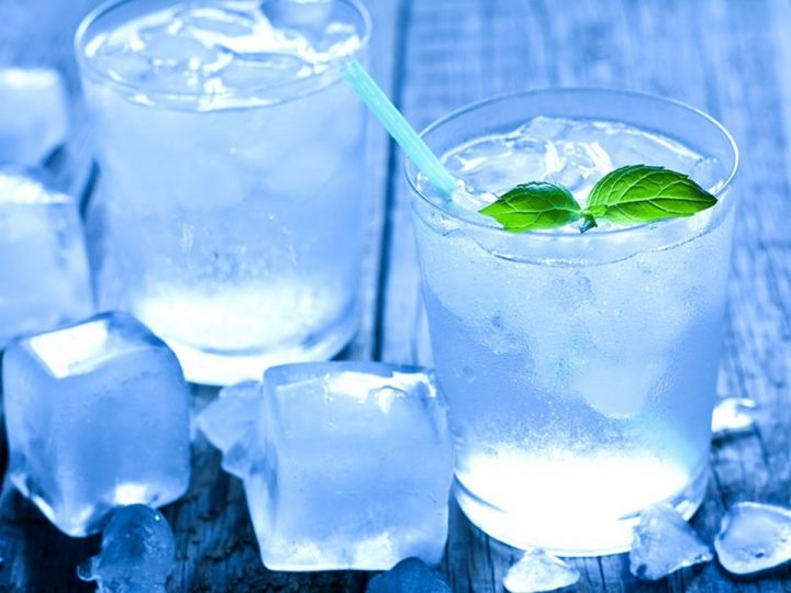 Weight Loss Drinks - Ice Cold Water